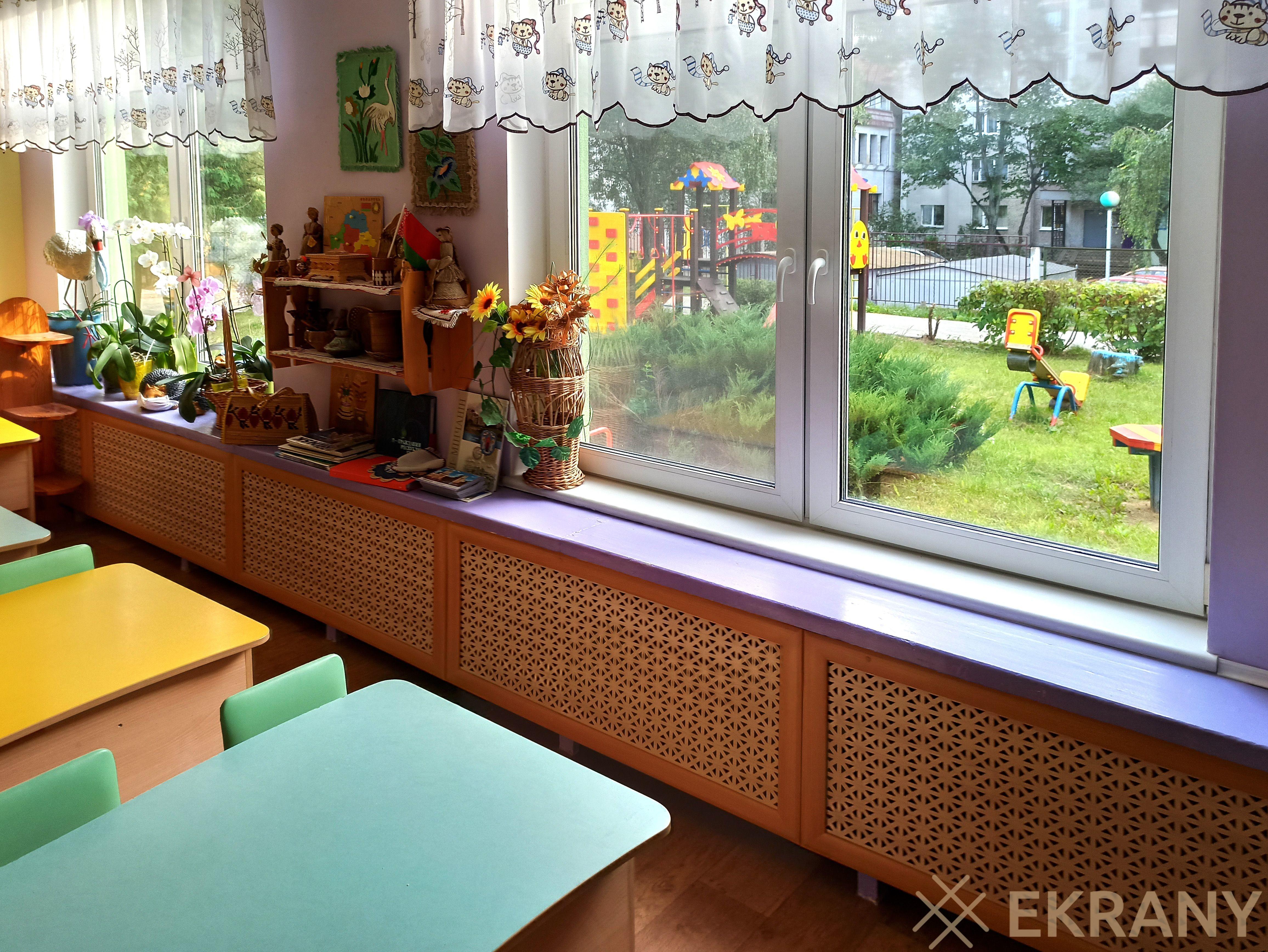 Ясли-сад №434, экраны в детской группе