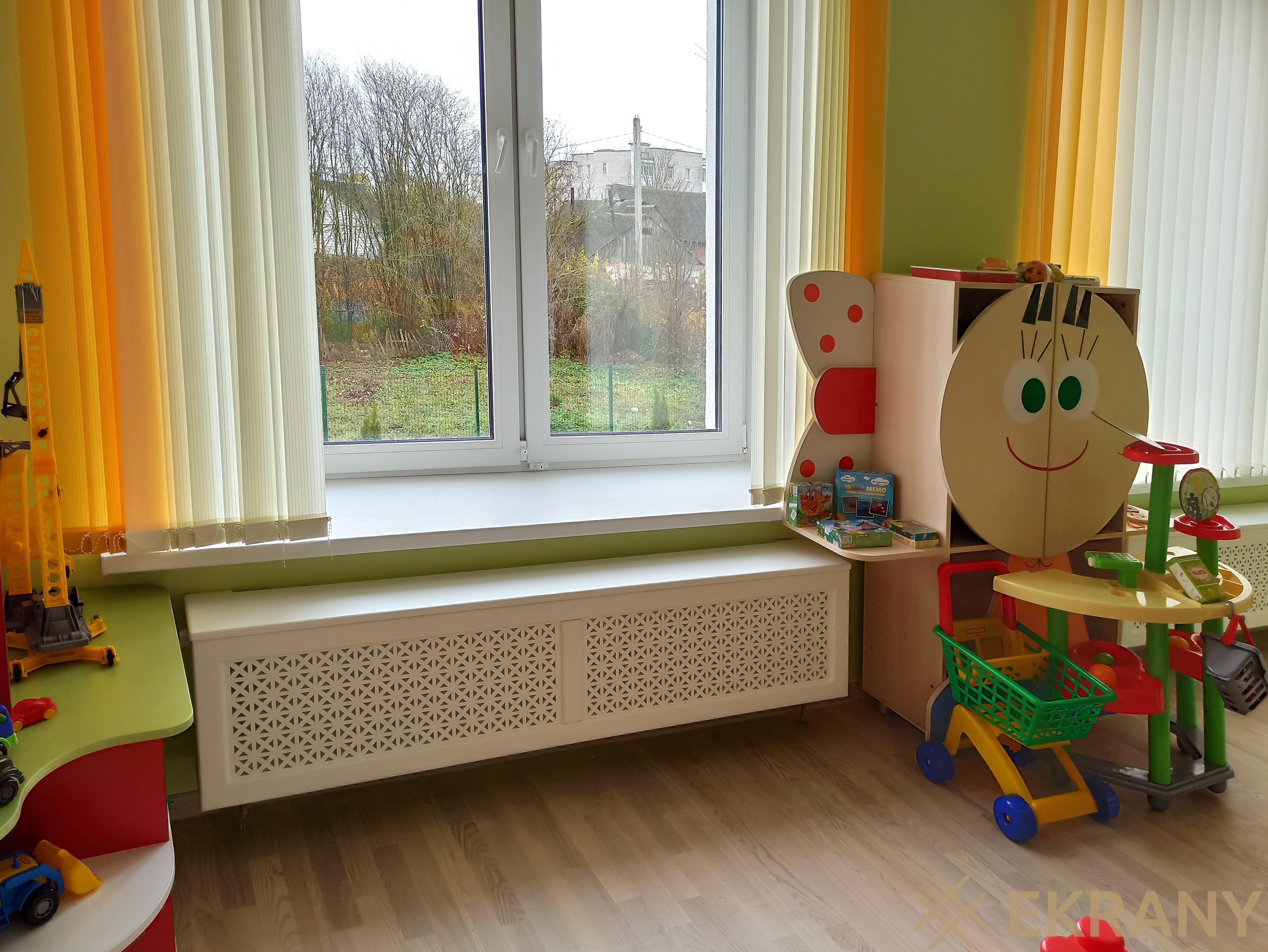 экраны из массива сосны в детском саду г. Ошмяны