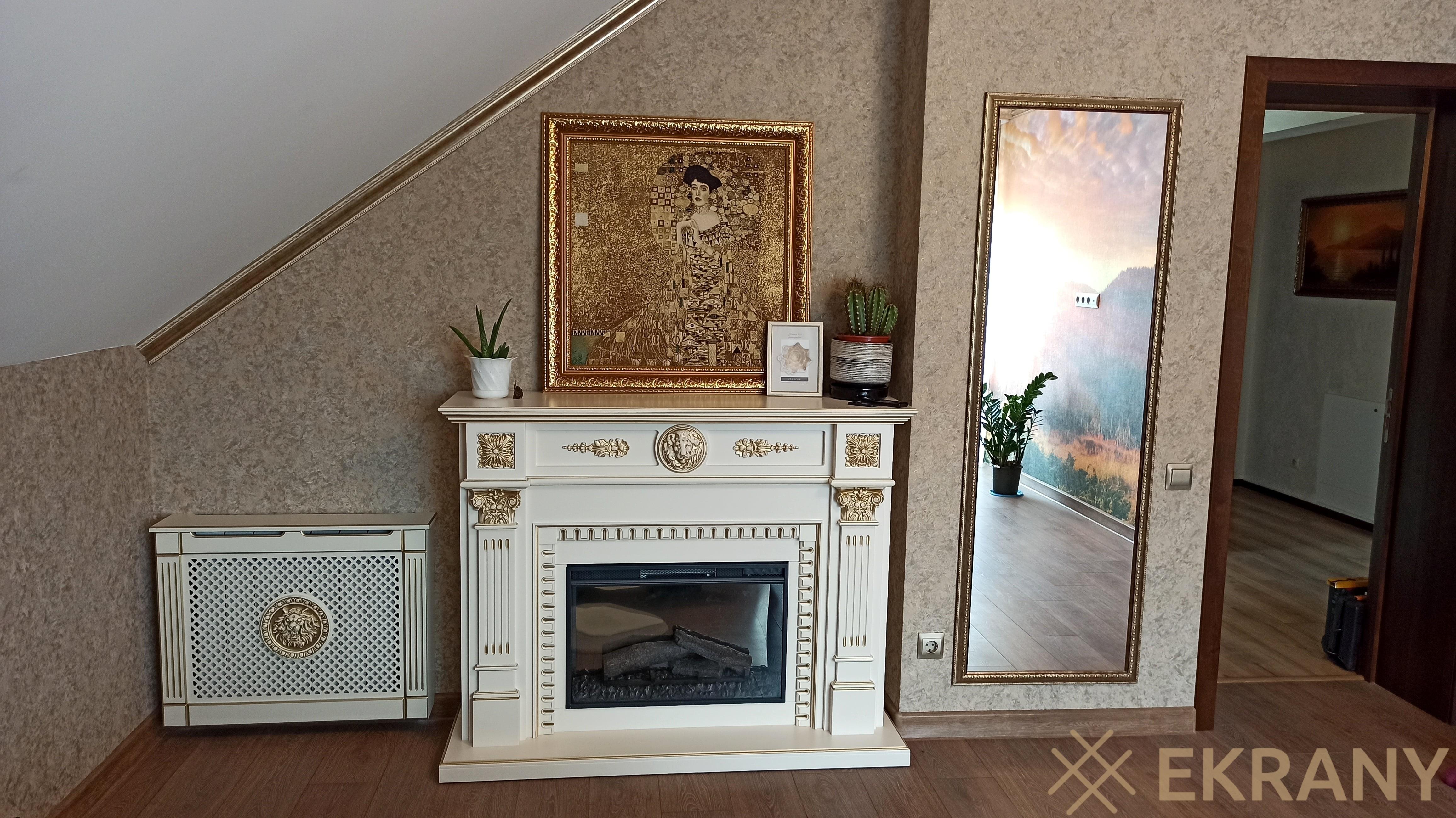 Эксклюзивный резной экран с золотой патиной и резным декором