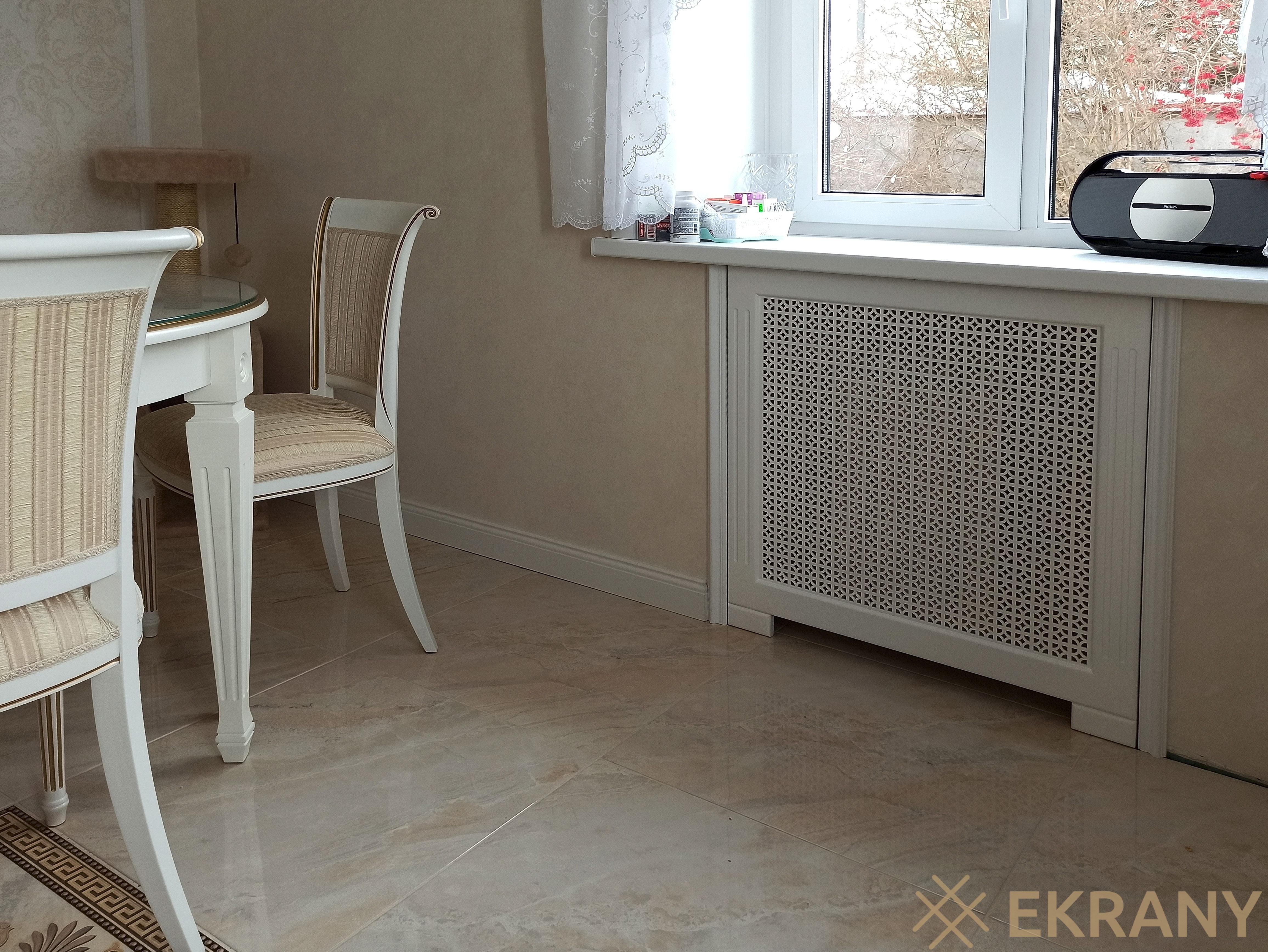 Белый Эфес на ножках и 2 пазами на стойках