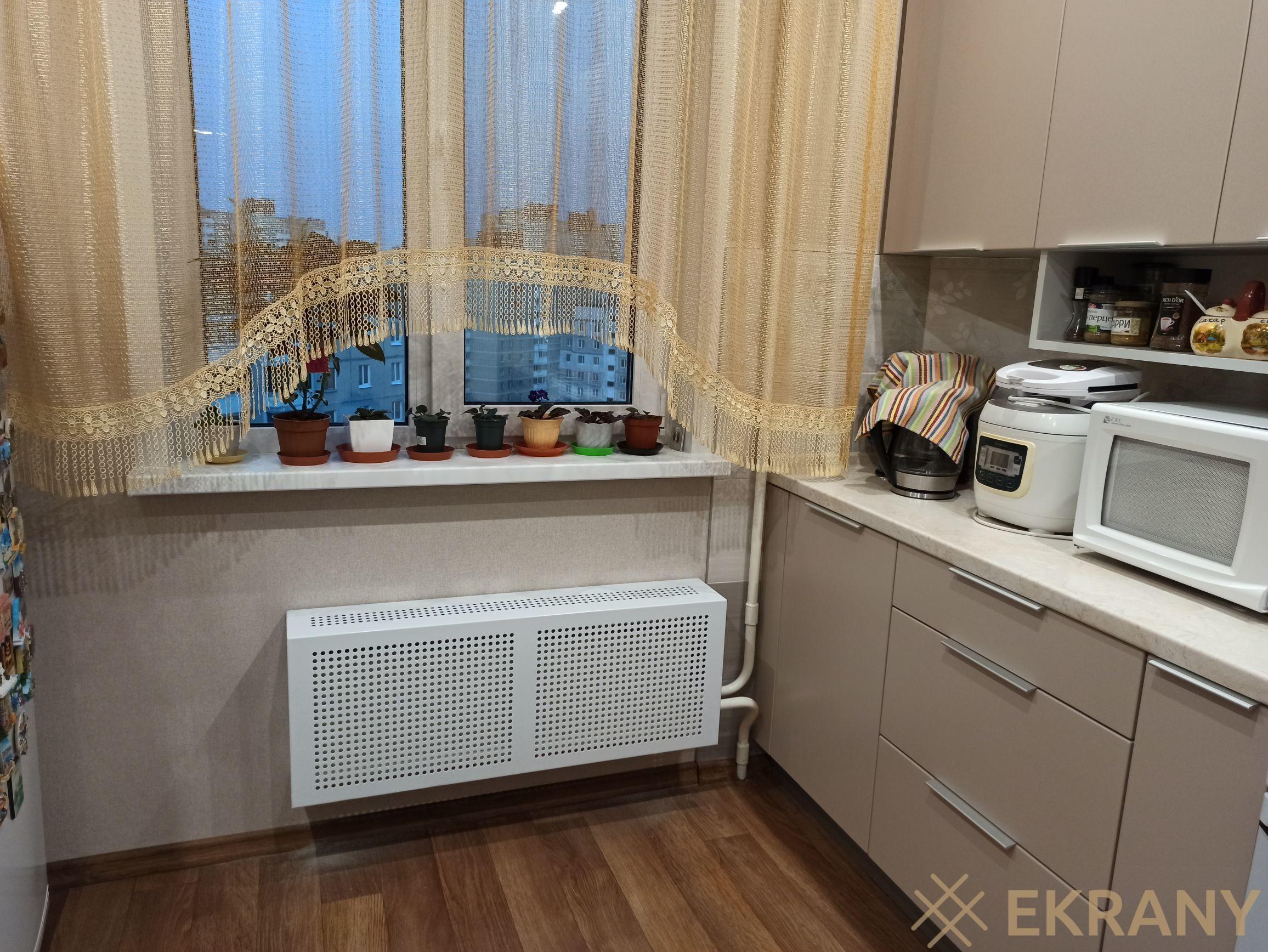 Экран на кухню из металла